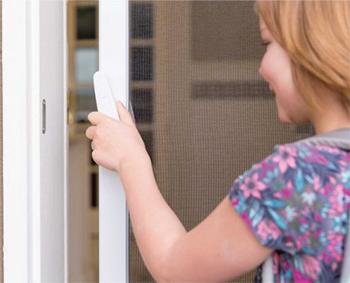 retractable screen door professional installation