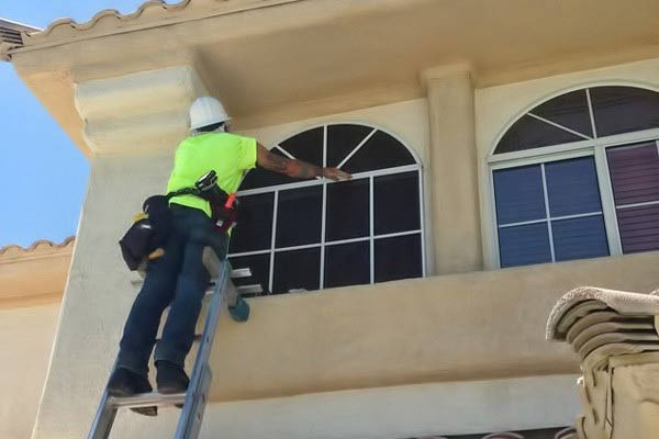 solar screen installation - Desert Sunscreens - Phoenix - Scottsdale